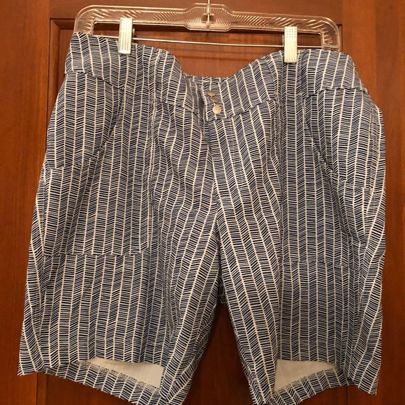 JoFit Pants - JoFit Navy/White Print Shorts